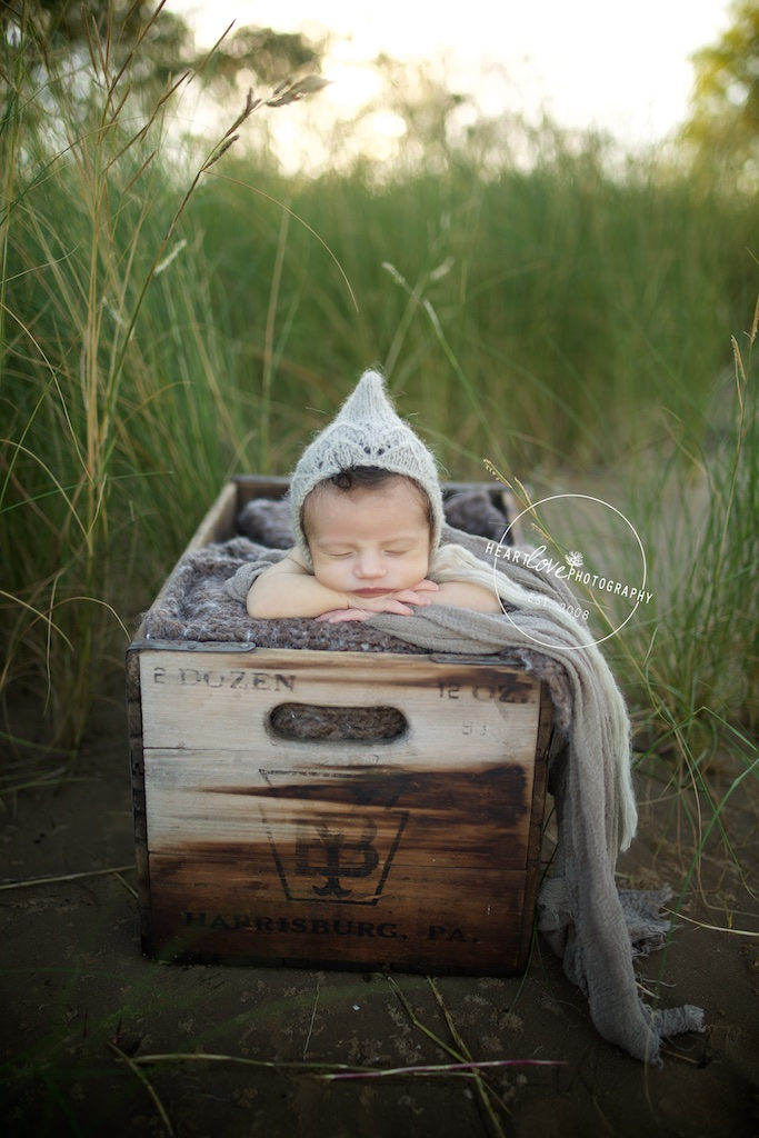 Outdoor Newborn Photographer