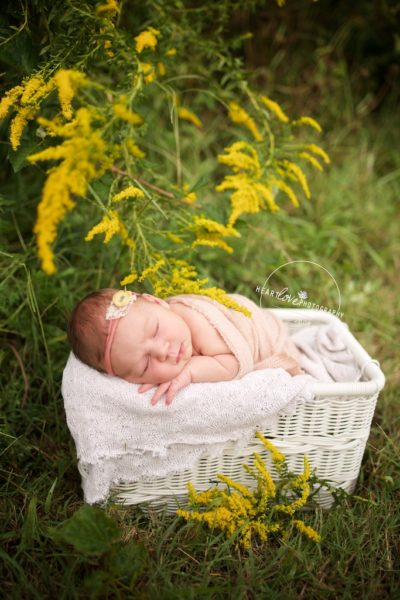 maryland outdoor newborn photography